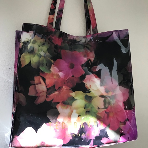 3c6f91464bc4e TED BAKER Spring Floral Large PVC Shopper Tote Bag.  M 5a6f6ffe1dffdad092b247ed